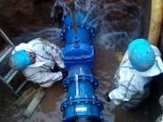 AySA realizó un operativo de cambio de válvula para mejorar la red de agua en zona norte