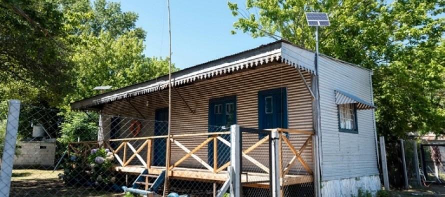 La Provincia entregó paneles solares para viviendas del Delta