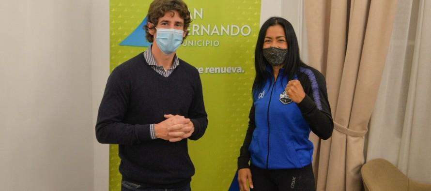 """Érica """"Pantera"""" Farías se prepara para disputar el título mundial de boxeo en Las Vegas"""