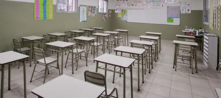 El Colegio San Rafael recibió equipamiento para sus nuevas aulas