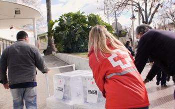 """Cruz Roja entregó respiradores al Hospital Cordero: """"La pandemia requiere una respuesta global"""""""