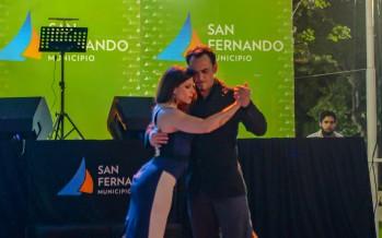 """Con los campeones mundiales de Tango, se realizó una nueva """"Milonga al Aire Libre"""" en plaza Mitre"""